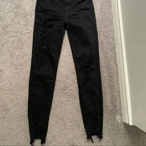 American Eagle Size 0 black ripped jeggings